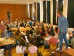 """Besuch der """"steimel-menschner-projekte"""" an unserer Schule."""